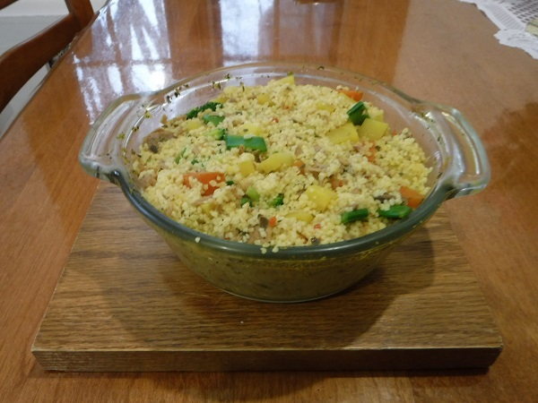 Vegetable and animal protein couscous.